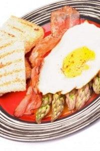 Asparagus omlett