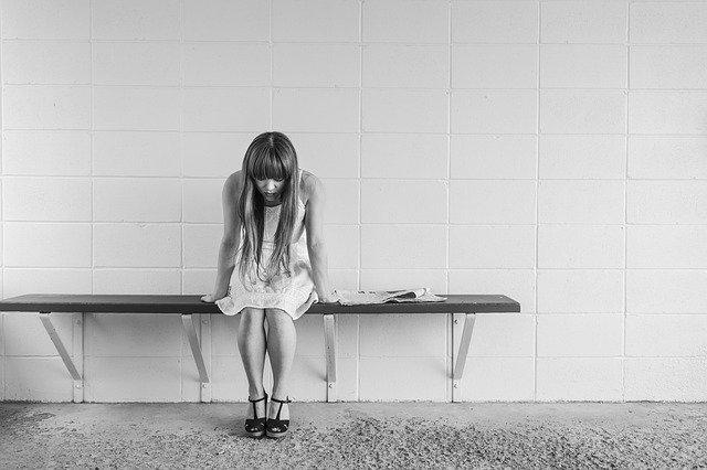 Hormonal Imbalance in Women (Causes, Symptoms, Remedies, Diet) 2